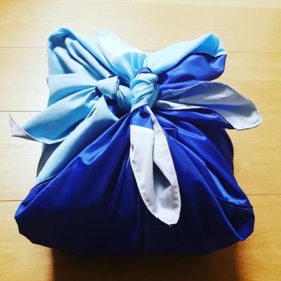Furoshiki : Japanese Traditional Wrapping Cloth